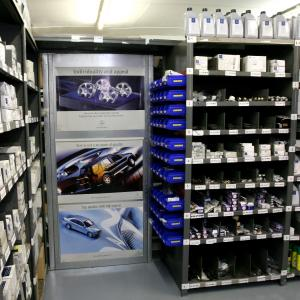 Mercedes benz car parts surrey uk mercedes spare parts for Mercedes benz truck parts